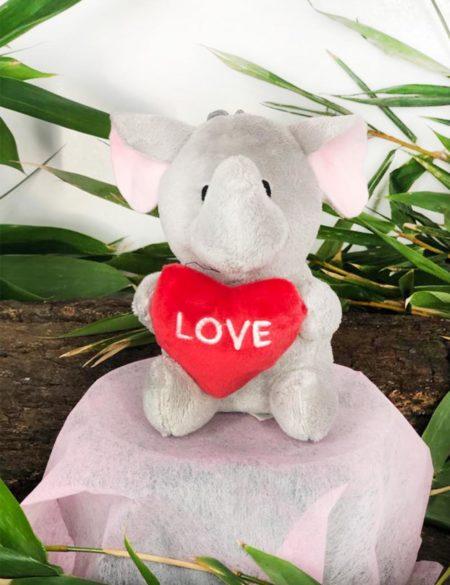 elefante love